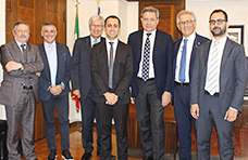 Di Maio a Confprofessioni: via lo split payment